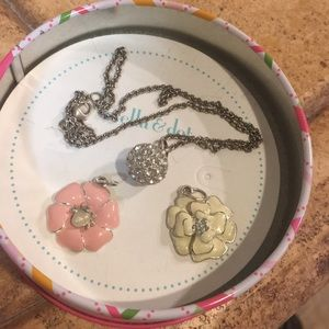 Stella & Dot Girls 4 pcs Necklace Set